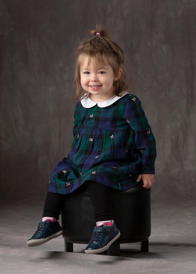 childrenphotography-winnipegstudio-familyportraitwwinnipeg-photographkids-photographybymichele